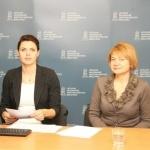 NMA Komunikacijos skyriaus vyr. specialistė Armina Glemžaitė ir Kaimo plėtros ir žuvininkystės programų departamento direktoriaus pavaduotoja Vida Ačiene