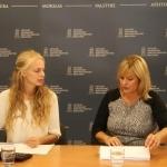 Transliacijos vedėja Gabija Pankauskienė su LESTO klientų aptarnavimo vadybininke Jūrate Trakšeliene