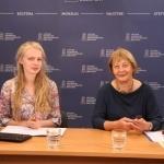 Strateginių projektų plėtros skyriaus projektų vadovė Gabija Daukšaitė ir Vaikų literatūros centro direktorė Aldona Augustaitienė
