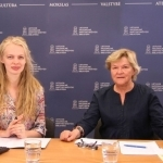 Strateginių projektų plėtros skyriaus projektų vadovė Gabija Daukšaitė ir rašytoja Kristina Gudonytė