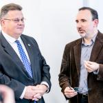 Lietuvos Respublikos užsienio reikalų ministras Linas Linkevičius ir filosofas, menininkas, politikas dr. Arūnas Gelūnas