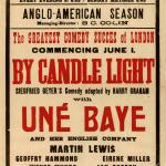 """Teatro """"Théâtre Femina"""" spektaklio """"Žvakių šviesoje"""" afiša su pagrindinio vaidmens atlikėja Une Baye, 1929 m."""
