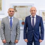 Armėnijos Respublikos ambasadorius Lietuvoje Armenas Martirosyanas ir Lietuvos nacionalinės Martyno Mažvydo bibliotekos generalinis direktorius prof.dr.Renaldas Gudauskas