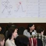 Seminaro-dirbtuvių metu dalyviai grupėse pristatė savo bibliotekų sėkmės istorijas ir rinko geriausias