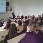 Dr. Dalia Cidzikaitė skaito paskaitą apie lietuvius JAV