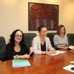 YIVO žydų mokslo tyrimų instituto Niujorke darbuotojos Roberta Newman, Lyudmila Sholokhova ir YIVO Vilnius projekto vadovė Sarah Ponichtera