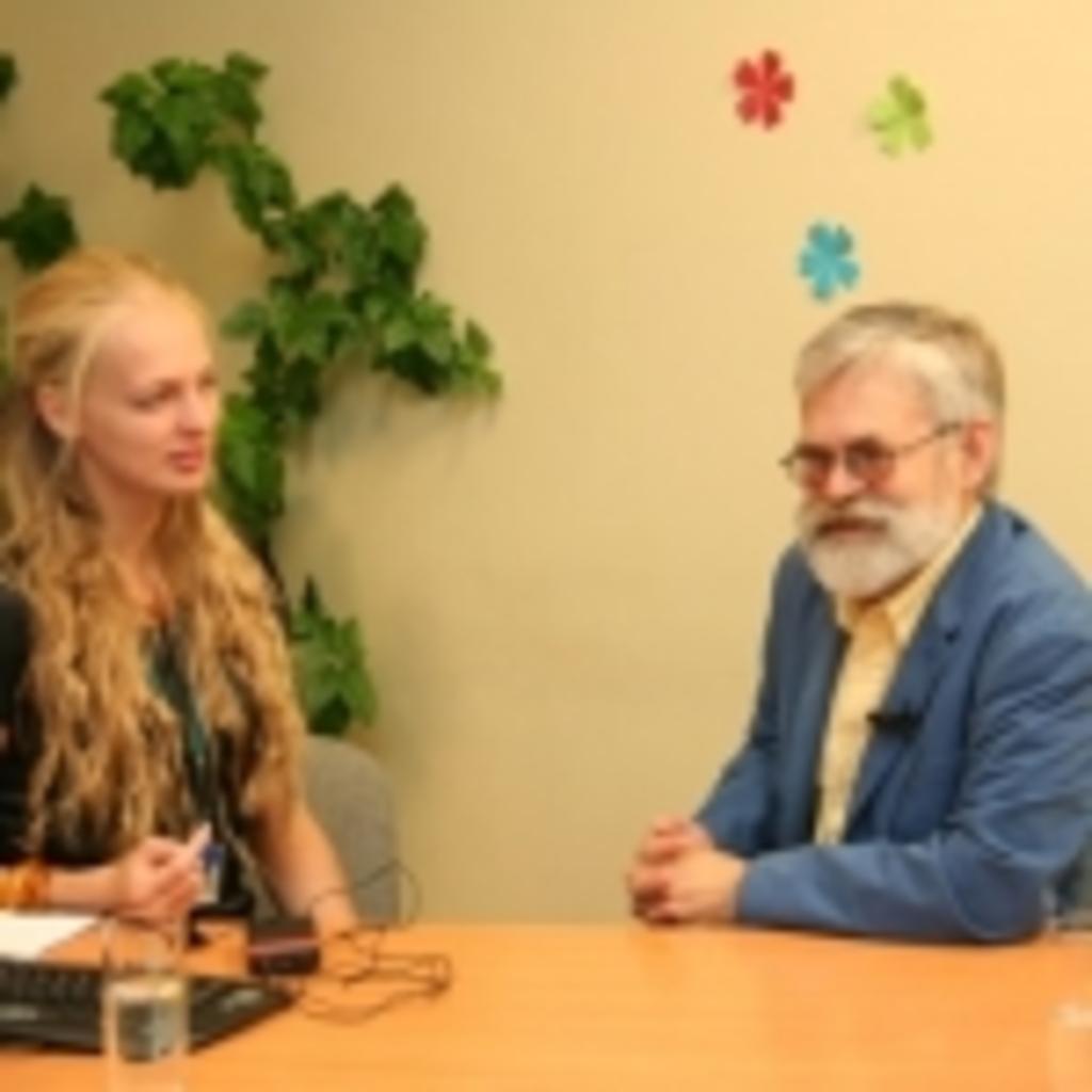 Transliacijos vedėja Gabija Daukšaitė ir Vladas Braziūnas